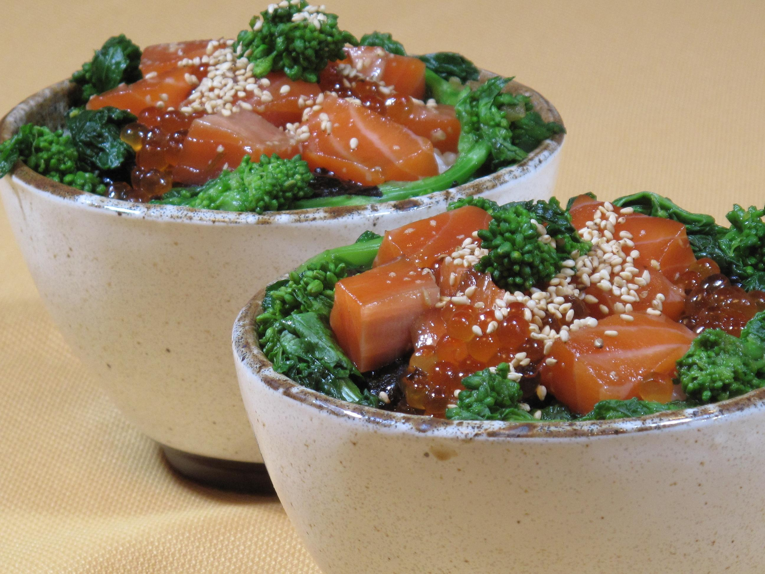 信州サーモンと菜の花の丼