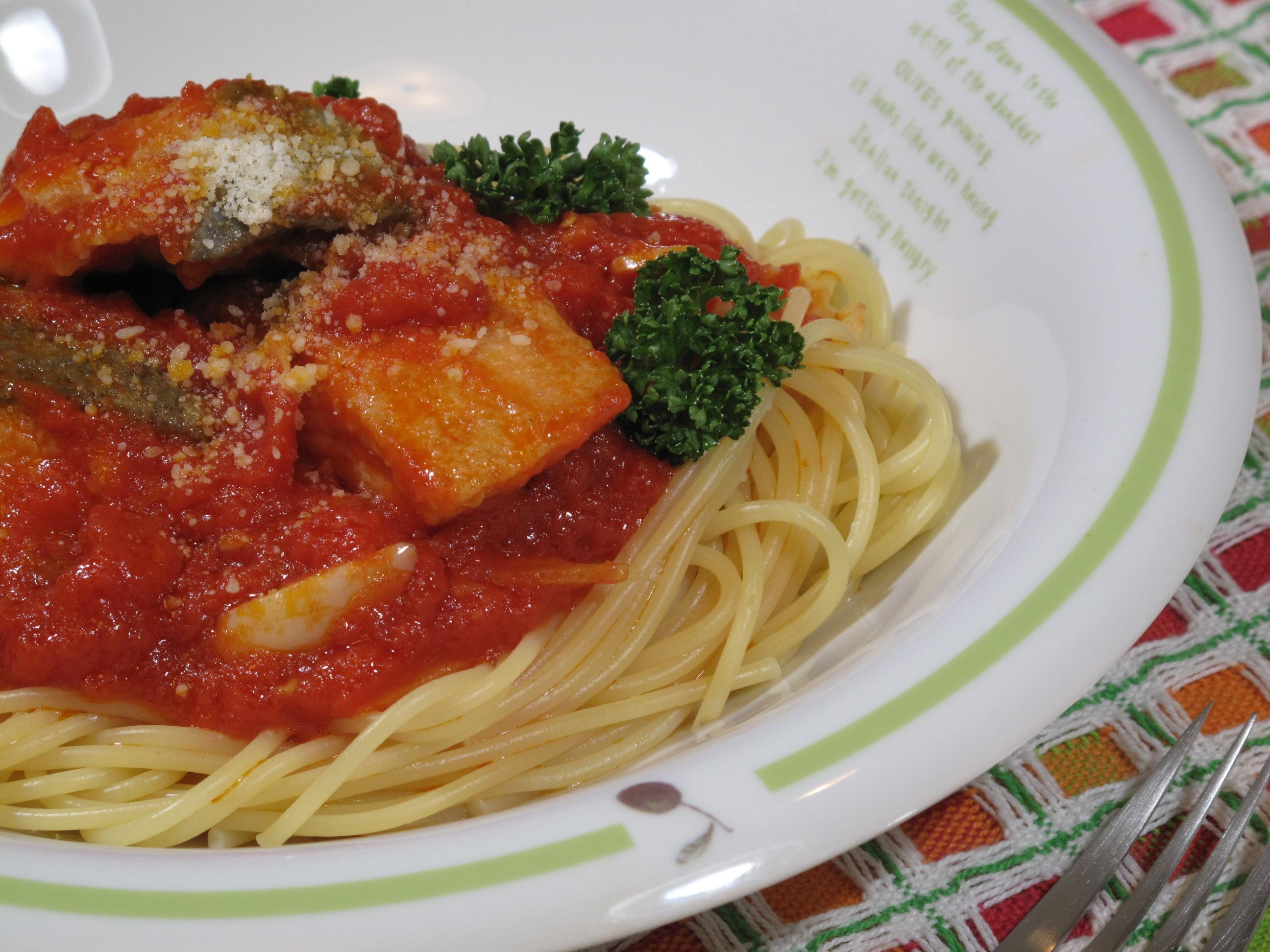 鮭のトマトソーススパゲティ