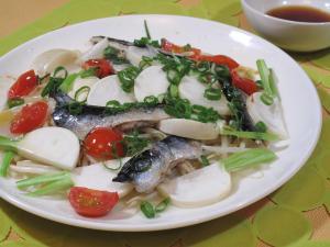 マイワシと野菜の中華風レンジ蒸し